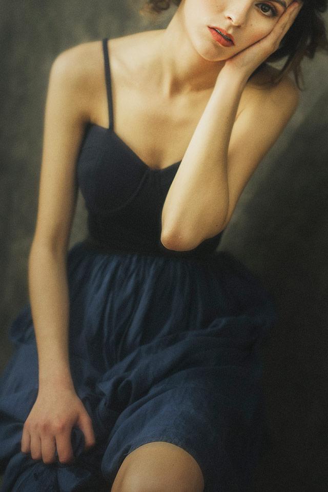 Cristina Venedict拍摄的画意优雅肖像  -12