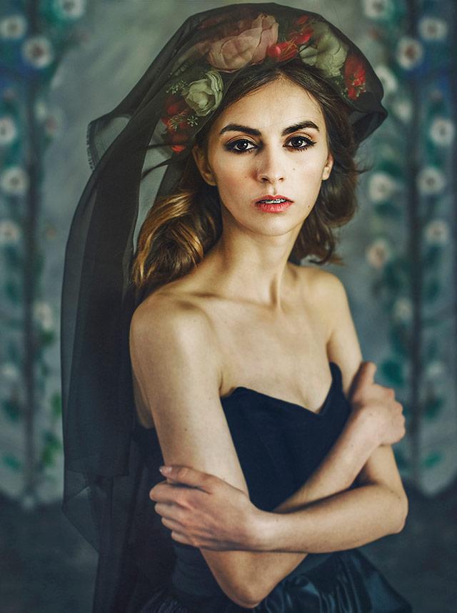 Cristina Venedict拍摄的画意优雅肖像  -3