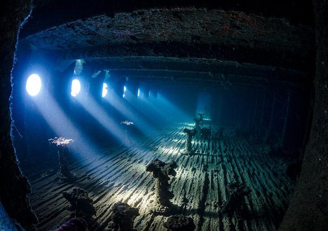 沉船 地点:红海